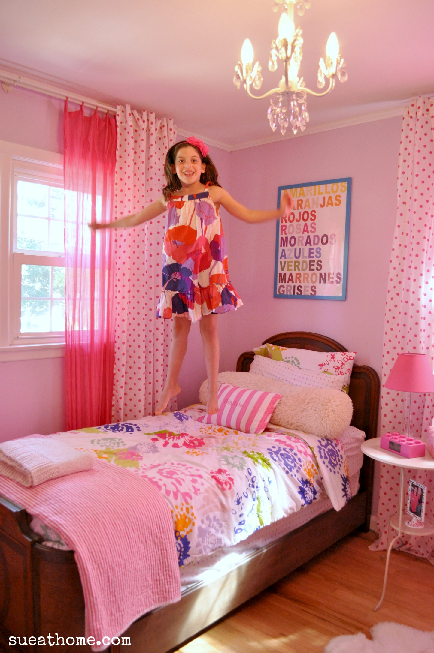 girly girls room - Sue At Home on Room Girl  id=22631