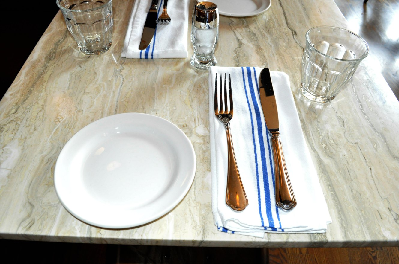 Restaurant table setting ideas - Restaurant Table Setup Excellent Crayola Experience Sue At Home With Simple Table Setting