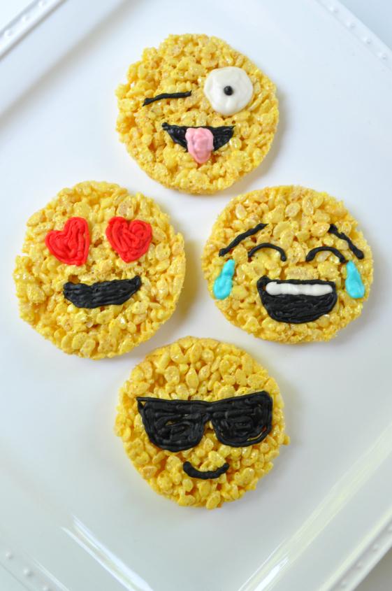 Sue at Home Emoji Rice Krispies 4 vert